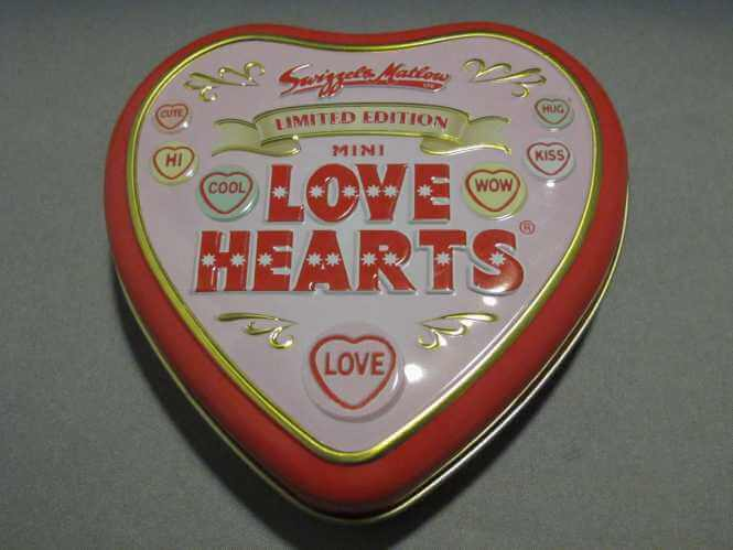 1412-0022 - lovehearts tin-small
